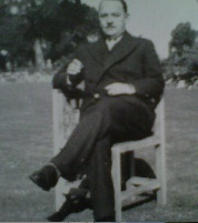 Bert Aza, 'Tower' garden