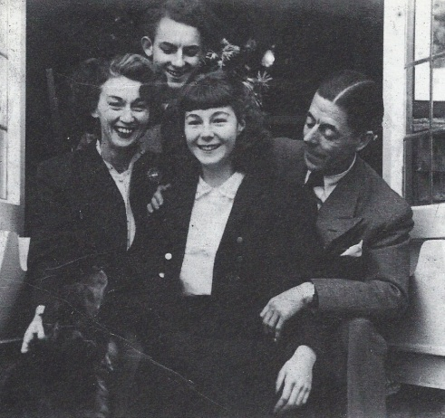 Edith, Douglas, Grace and Duggie
